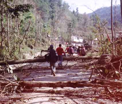 People are forced to walk after Maoists blocked Pokhara-Baglung Highway.