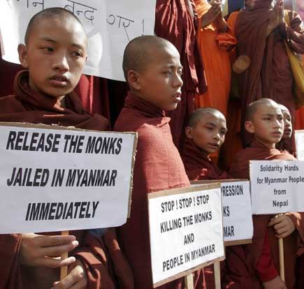 Nepali Monks Rally for Burmese Monks