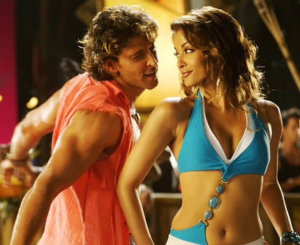Hritik Roshan and Aishwarya Rai in the movie Dhoom 2