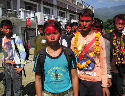 Maoist recruit children
