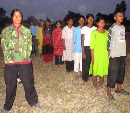 Maoist recruit children