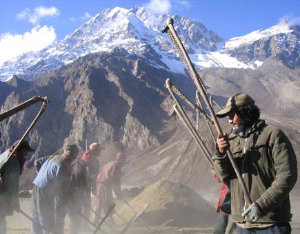 Thrashing Koru in Nar Village