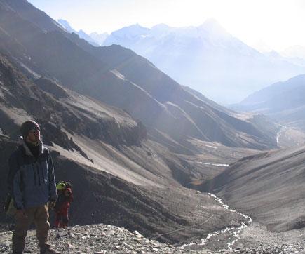 wagle climbing Kang La Pass