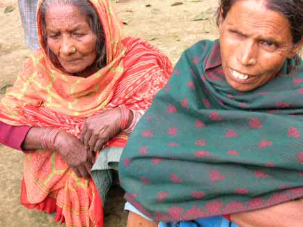 Wife and mother of Shankar Mallah who was killed by the Maoists